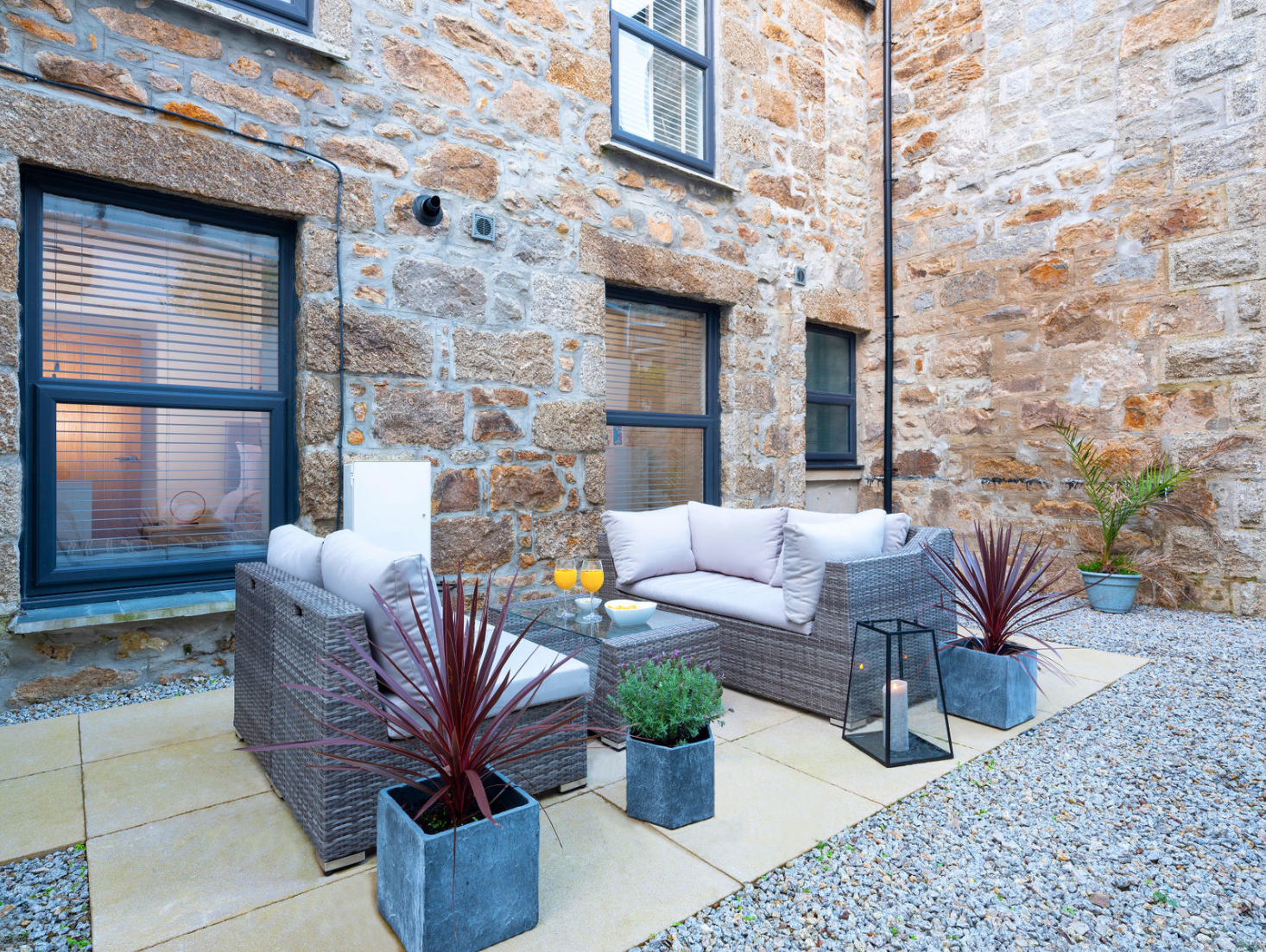 St Ives Dream: Outside Space