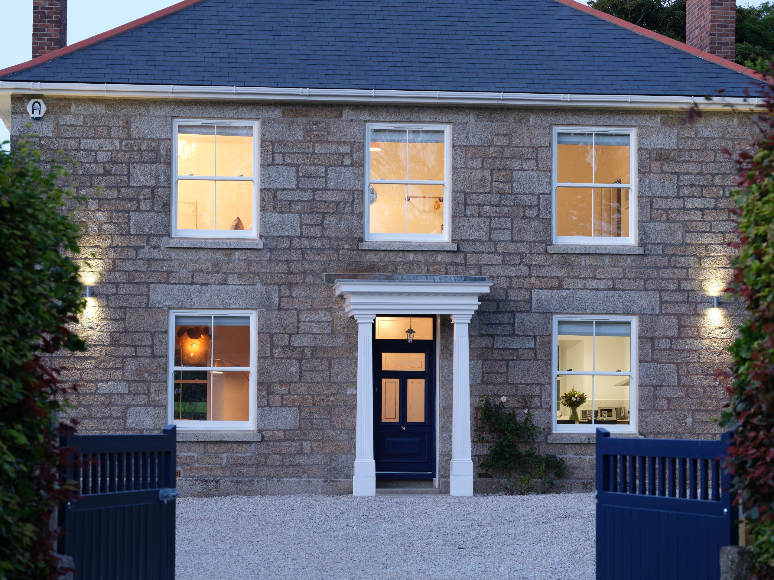 Drym House: Exterior
