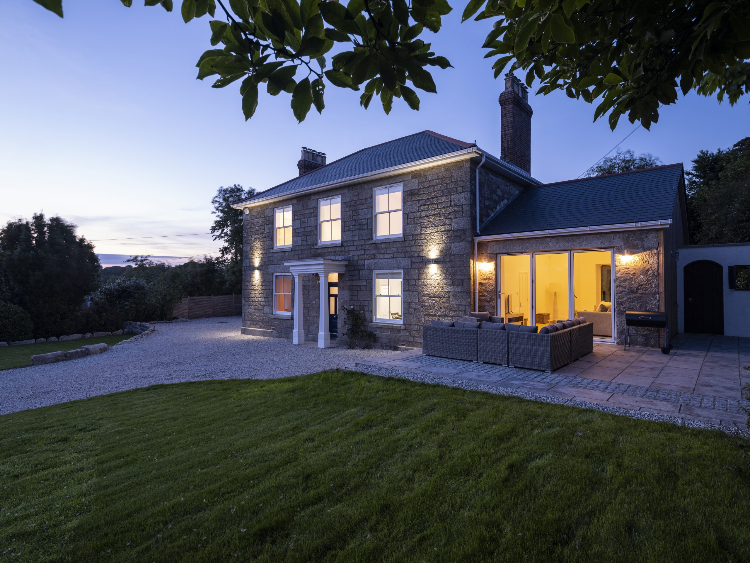 drym house, drym, hayle, cornwall, sandy toes stays, st ives, holiday let, property, rental, lounge, kitchen, dining, bedroom, bathroom