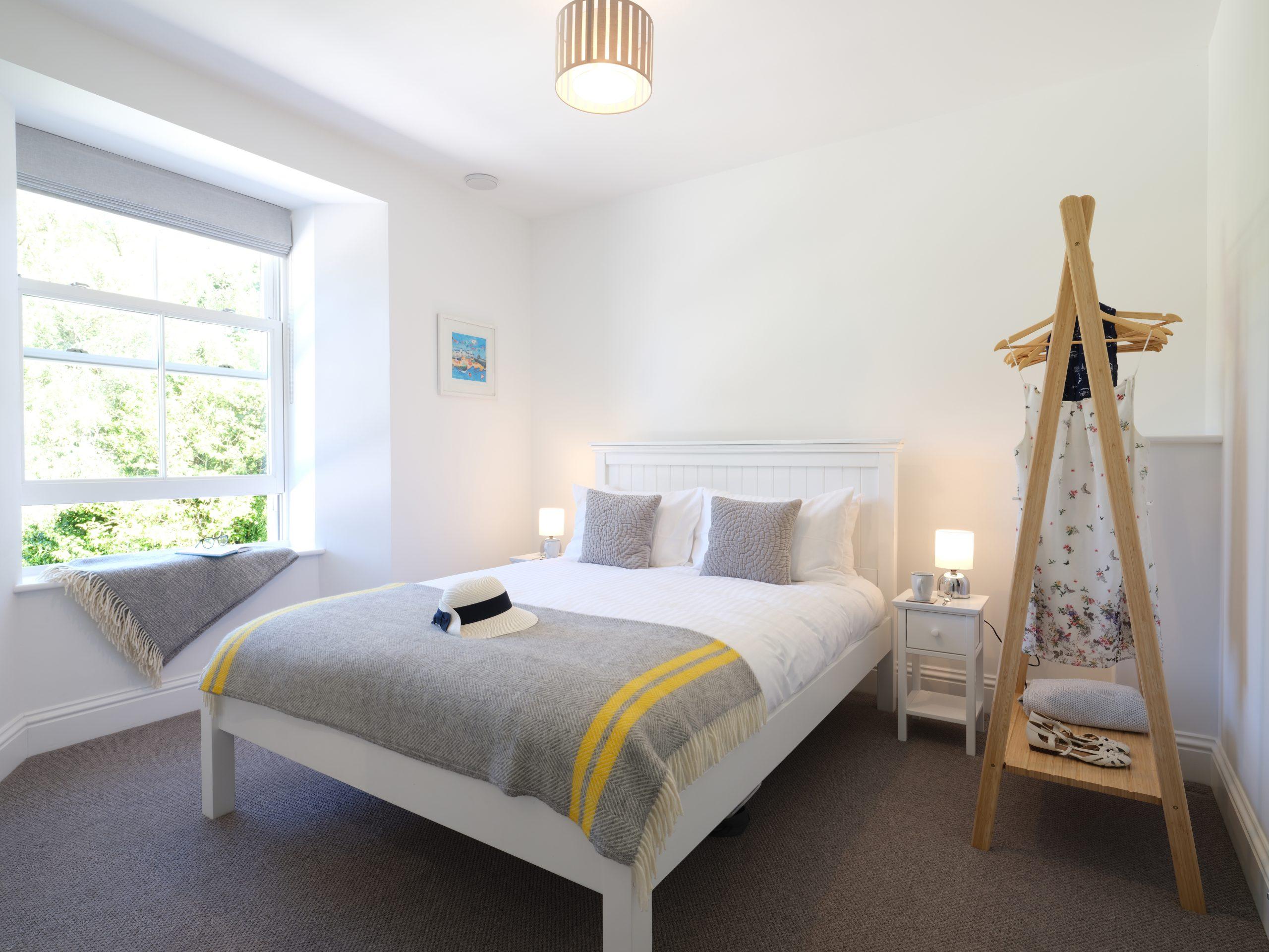Drym House: King Bedroom