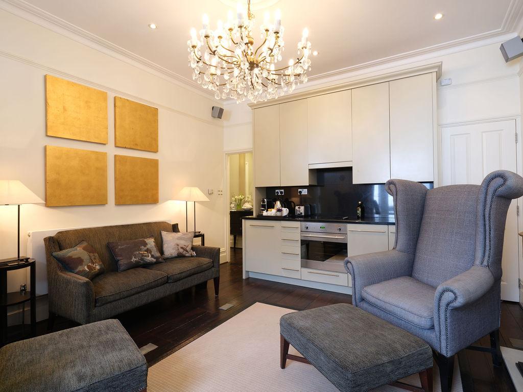 Primrose Court A: Living Space